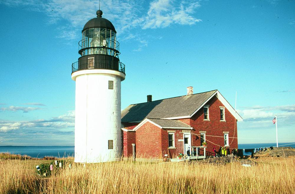 Lighthouses in Maine — It Takes a Village and Volunteers Who